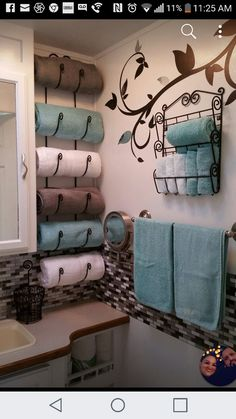 Many people believe that there is a magical formula for home decoration. You do things… Bathroom Renos, Laundry In Bathroom, Bathroom Interior, Small Bathroom, Bathroom Organisation, Home Organization, Organizing, Dream Bathrooms, Bathroom Inspiration