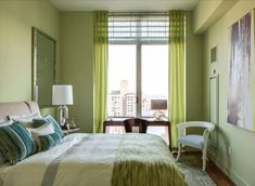 Clean And Green - Lovers of green will rejoice in this warm but bright bedroom.
