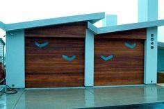 Garage Door Makeovers   Garage Door Ideas   http://www.pinterest.com/avivbeber3/garage-door-decorations/