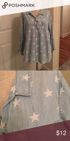 Star Print Button Up Chambray/denim style  (100% cotton). Worn a couple of times. Very soft and cute! 2X Old Navy Tops Button Down Shirts