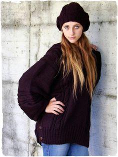 Maglione - Poncho in lana d'alpaca #maglione #poncho #lana #alpaca #perù #modaetnica #ethnicalfashion #alpacaswhool #lanadialpaca #peruvianfashion #peru #lamamita #moda #fashion #italianfashion #style #italianstyle #modaitaliana #lamamitafashion