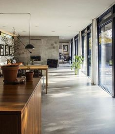 ▷ 1001 + ideas for concrete floors with advantages of this flooring- ▷ 1001 + Ideen für Betonboden mit Vorteilen dieses Bodenbelags Concrete floor, a cozy one-room apartment with … -
