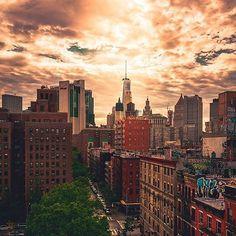 NewYorkCity, USA    Photo by @geetmassand   #summertime   #ig_unitedstates_#loves_nyc