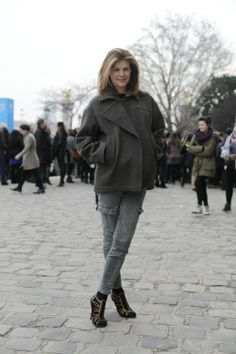 http://blogs.lexpress.fr/styles/cafe-mode/2013/03/03/aux-tuileries-a-lentree-du-defile-chloe/#