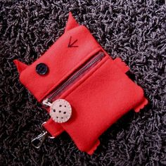 Dexter the Change Purse by annamatic on Etsy