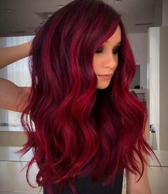 Red Hair Color Shade Ideas for Every Skintone In 2020 Guy Tang S Rich Crimson Red Haircolor formula In 2020 Pelo Color Vino, Pelo Color Borgoña, Hair Color Shades, Hair Color Dark, Hair Colour, Bright Red Hair, Burgundy Red Hair, Dark Hair With Red, Dark Maroon Hair