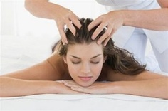 Seeking Healthy Tips On How To Get A Good Massage? It is easier than you might think to give a really good massage. You could educate yourself with an expensive massage therapy course, or you could just rea Massage Tips, Face Massage, Massage Roller, Massage Therapy, Home Remedy For Headache, Hair Care Tips, Hair Health, Natural Treatments, Keratin