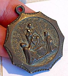 Large Antique Religious Medal Our Lady of Rosary Virgin Mary Saints (Image1) Large bronze holy medal pendant, perfect for a man, featuring the Blessed Mother Virgin Mary and the Child Jesus as Our Lady of The Rosary.