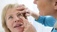 Macular degeneration and heart disease share similar lifestyle risk factors including smoking weight and poor diet. Health Talk, Heart Health, Aortic Valve Replacement, Health Benefits Of Cauliflower, V Video, Protect Your Heart, The Retina, Blur, Eyes
