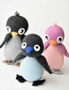 Amigurumi penguins