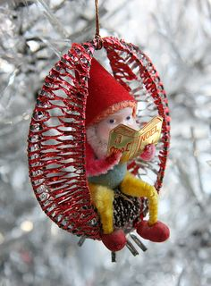 Vintage Christmas gnome catching up on his reading. Antique Christmas Ornaments, Christmas Figurines, Christmas Gnome, Christmas Past, Vintage Ornaments, Retro Christmas, Vintage Holiday, Christmas Baubles, All Things Christmas