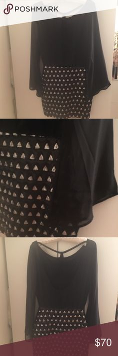 None The Richer Open Back Blouson Dress S Gorgeous None The Richer black dress with Sequin skirt, Boatneck Neckline, open back with straps, bell sleeves. Never worn, perfect condition! Retail $120+ always negotiable :) None The Richer Dresses Mini