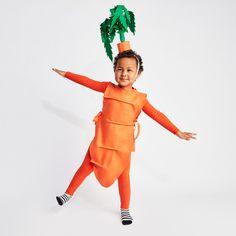 No-Sew DIY Carrot (kid) Kids Costume | Primary.com Diy Couples Costumes, Easy Halloween Costumes, Halloween 2020, Diy Costumes, Halloween Kids, Easy Diys For Kids, Cute Diys, Carrots, Baby Kids