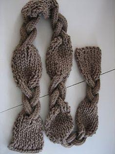 Nice chunky scarf!