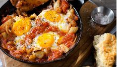 The Best Shakshuka. Foolproof Shakshuka: Eggs poached in spicy tomato-based veggie stew and served with crusty bread. Shakshuka With Feta Recipe, Shakshuka Recipes, Brunch Recipes, Breakfast Recipes, Breakfast Skillet, Brunch Ideas, Mexican Breakfast, Breakfast Ideas, Nice Breakfast