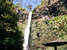 Drop in Cuban Rondo waterfall..
