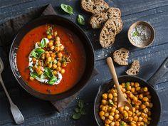 Krem pomidorowy z pieczoną ciecierzycą