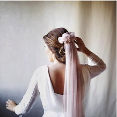 novia velo color rosa verde boda helena mareque