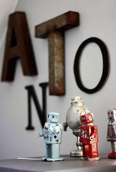 Robots.