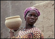 29-Mujer de la etnia Fulani. (Ambrispuri) Tags: africa portrait woman color colors look mujer retrato tribal ornaments mali ethnic mirada fulani adornos pendientes peul fulbe ambrispuri escarificaciones