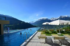 Www.ferienhotel.at #wellness hotel #austria #schweiz #skypool #vorarlberg #montain #berg #skypool Hotel Austria, Berg, Opera House, Wellness, Building, Outdoor Decor, Travel, Home, Switzerland