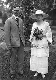 Wedding photo of Harry Truman and Bess Wallace