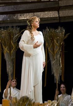 """Susan Graham as Dido in Berlioz's """"Les Troyens"""""""