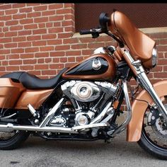 Harley Davidson 105th Anniversary Edition