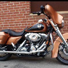 Harley Davidson 105th Anniversary Edition