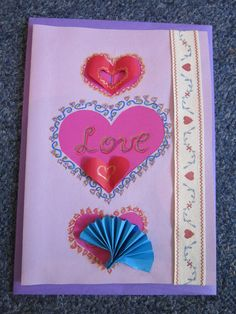 This card is suitable for Valentine`s Day or weddings