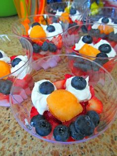 Elmo desserts.