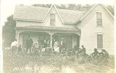 Fourth of July gathering, Fonda, Iowa, 1915 | Noble Photographs | Iowa Digital Library