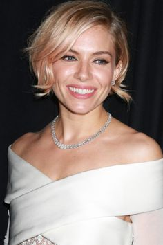 Sienna Miller With A Flicked-Out Peach Bob