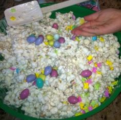 Easter popcorn munchies