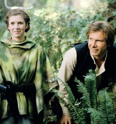 """Carrie Fisher and Harrison Ford on the set of Star Wars: Episode VI - Return of the Jedi in "" Star Wars Film, Star Wars Cast, Star Trek, Carrie Fisher Harrison Ford, Carrie Frances Fisher, All Star, Han And Leia, Princesa Leia, Original Trilogy"