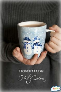 This easy homemade hot cocoa recipe will satisfy your craving for chocolate while warming you up! C cocoa C sugar C hot water t salt 4 C milk 1 t vanilla Best Hot Chocolate Recipes, Hot Cocoa Recipe, Cocoa Recipes, Homemade Hot Chocolate, Sweet Recipes, Dessert Recipes, Chocolate Chocolate, Desserts, Lunch Recipes