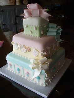 Pastel baby shower cake - love the colours and style for any occasion Gorgeous Cakes, Pretty Cakes, Cute Cakes, Amazing Cakes, Torta Baby Shower, Fondant Cakes, Cupcake Cakes, Cake Candy, Decors Pate A Sucre