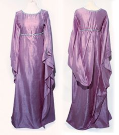 Lilac Violet 100% S-size Silk Shantung Elven Gown, silver trimming, long large sleeves. Dress Elf Fantasy RPG LARP LOTR Game of Thrones D&D di LaTeieraDiAlice su Etsy