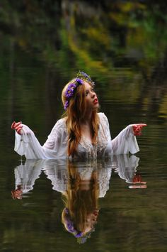 ✯ Water Beauty ✯Hippies with your best shot!.......Peace mon!:)