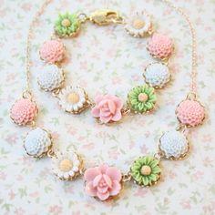 Pastel Floral Necklace and Bracelet Gift Set