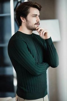 Turkish Men, Turkish Beauty, Turkish Actors, Beautiful Person, Gorgeous Men, Beautiful People, Murat And Hayat Pics, Handsome Celebrities, Hair Scarf Styles
