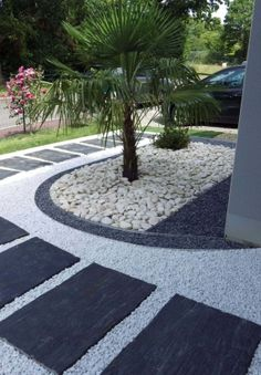 Superstyle for the front yard! Found at Tony. - Superstyle for the front yard! Found at Tony. Modern Landscaping, Front Yard Landscaping, Landscaping Ideas, Landscaping Melbourne, Stone Landscaping, Modern Backyard, Paving Ideas, Garden Paths, Diy Garden