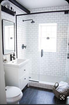 Small Bathroom Layout, White Bathroom, Modern Bathroom, Small Bathrooms, Natural Bathroom, Master Bathrooms, Bathroom Mirrors, Bathroom Cabinets, Bad Inspiration