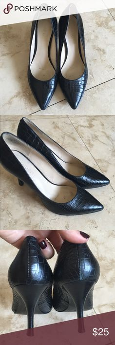 "Nine West Black Point Toe Heels Nine West black leather pointed toe pumps. They are a printed leather. Heel height is 3"". Show some signs of wear especially on the heel. If you have any questions please ask. Thank you for viewing Nine West Shoes Heels"