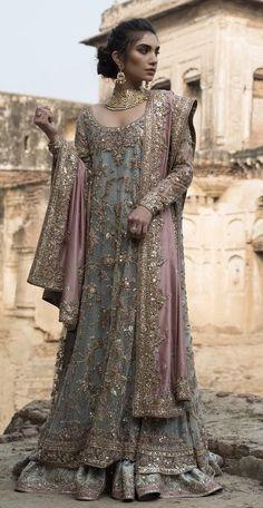Baat paki/Engagement bridal ( designer is misha lakhani) Walima Dress, Pakistani Formal Dresses, Pakistani Wedding Outfits, Pakistani Wedding Dresses, Pakistani Dress Design, Bridal Outfits, Indian Dresses, Indian Outfits, Pakistani Gowns