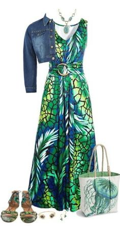 """Maxi Dress"" Found on thebestfashionblog.com"