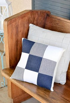 DIY Quilted Denim Pillow – SEWTORIAL Don't throw away those old jeans! Repurpose them with this DIY quilted denim pillow tutorial. Sewing Pillows, Diy Pillows, Cushions, Patchwork Cushion, Quilted Pillow, Diy Pillow Covers, Decorative Pillow Covers, Pillow Crafts, Denim Ideas