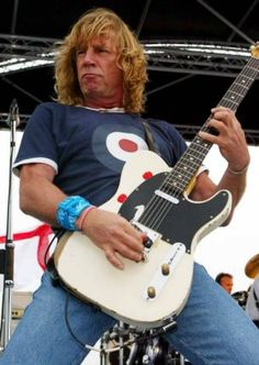 """Status Quo guitarist Rick Parfitt has died in hospital in Spain, aged 68.  The musician died from a severe infection after being admitted to hospital on Thursday following complications to a shoulder injury.  In a statement on Facebook, Porter wrote: """"We are truly devastated to have to announce that Status Quo guitarist Rick Parfitt has passed away at lunchtime today.  """"He died in hospital in Marbella, Spain as a result of a severe infection, having been admitted to hospital on Thursday"""