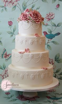 Indian Weddings Inspirations. White Wedding Cake. Repinned by #indianweddingsmag indianweddingsmag.com #vintage