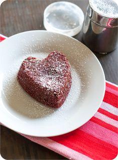 mini heart-shaped red velvet lava cakes ... so cute for Valentine's Day dessert! From @bakeat350